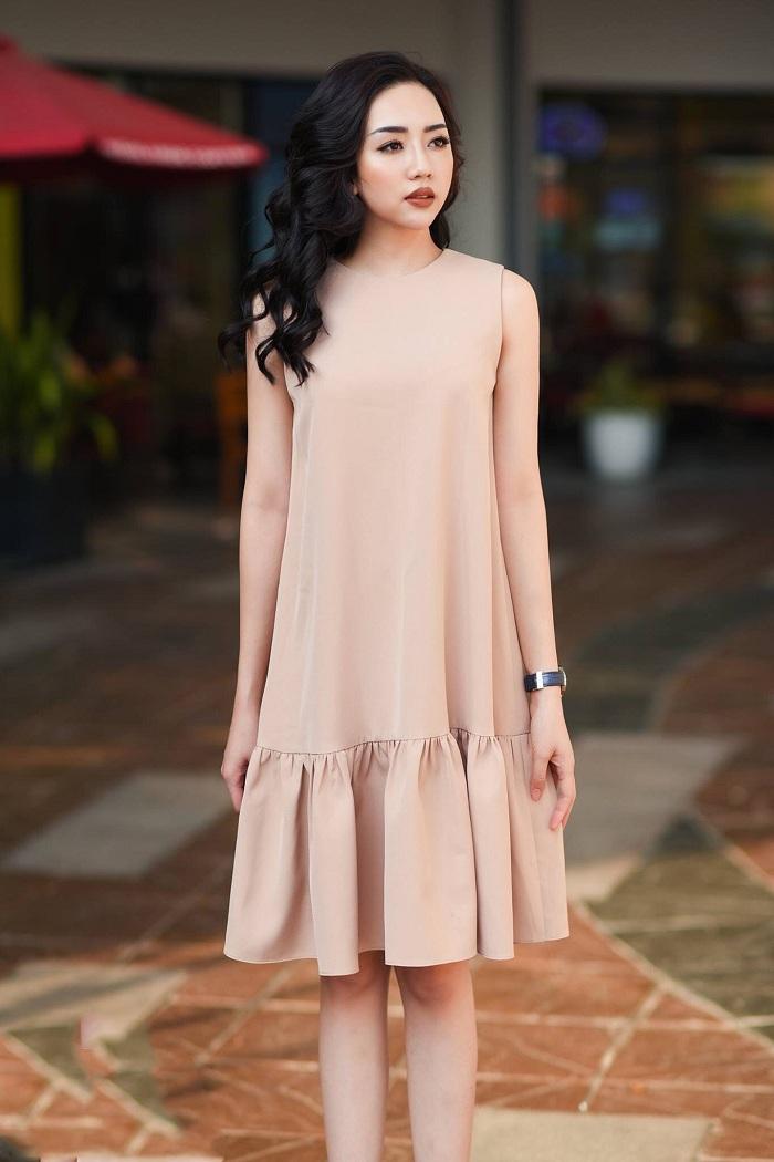Váy màu be được nhiều bạn nữ yêu thích
